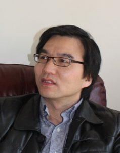 Dinggang Shen 氏